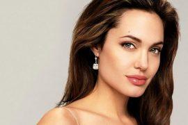 Самая красивая актриса Голливуда