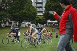 Голые велосипедисты на улицах Филадельфии