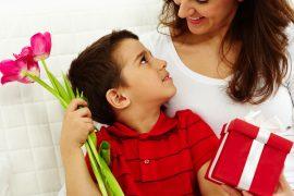 Что подарить маме на День Рождения – лучшие идеи подарков