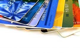Пластиковых карт станет меньше