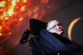 Стивен Хокинг знает, когда наступит Апокалипсис