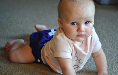 Что умеет ребенок в 7 месяцев – основные навыки