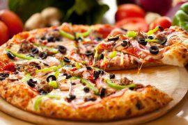 Как сделать пиццу в домашних условиях?