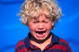 Как побороть детские истерики?