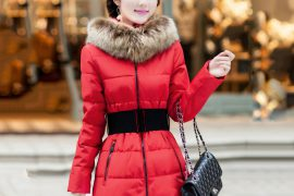 Самые теплые пуховики на зиму для женщин