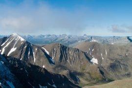 Самая высокая вершина Урала – гора Народная